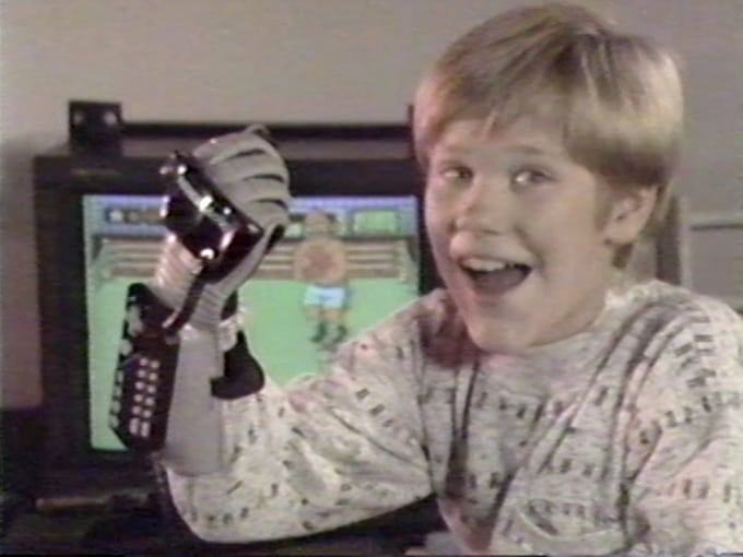 Old But Gold Power Glove Nintendo