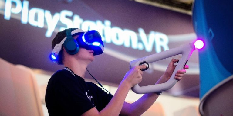 "PlayStation VR, secondo Jim Ryan il VR sarà parte integrante del gaming ""solo dal 2022"""